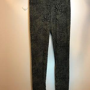 dd305d924987 Calzedonia Pants - Calzedonia Printed Velvet Leggings - M